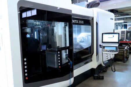 machining-DMG-NTX2500